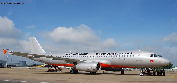 Đặt vé máy bay giá rẻ Tết Jetstar
