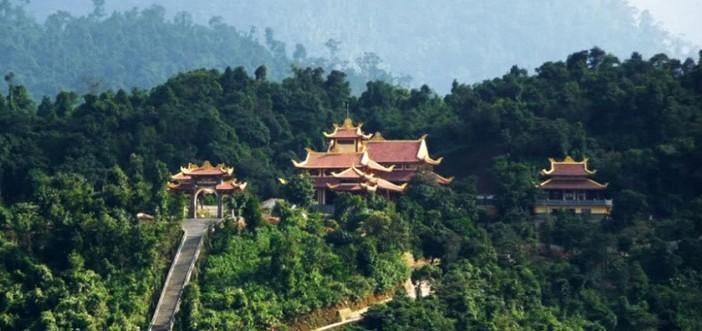 Đặt tour đi Yên Tử, Hạ Long giá rẻ