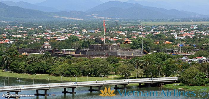 Mua vé máy bay giảm giá TPHCM đi Huế Vietnam Airlines