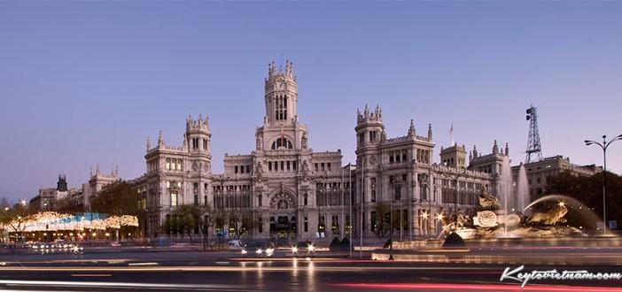 Mua vé máy bay giá rẻ Hà Nội đi Madrid