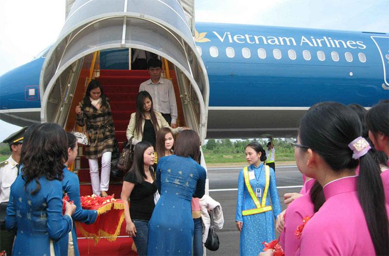 Vé máy bay giá rẻ Vinh đi Hà Nội hãng Vietnam Airlines