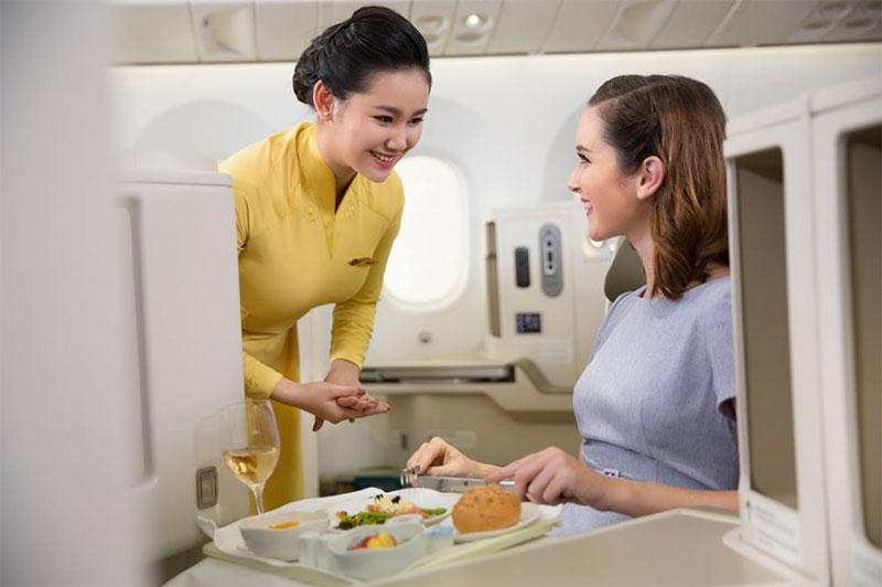 Vé máy bay TPHCM đi Nice giá rẻ Vietnam Airlines giảm tới 51%