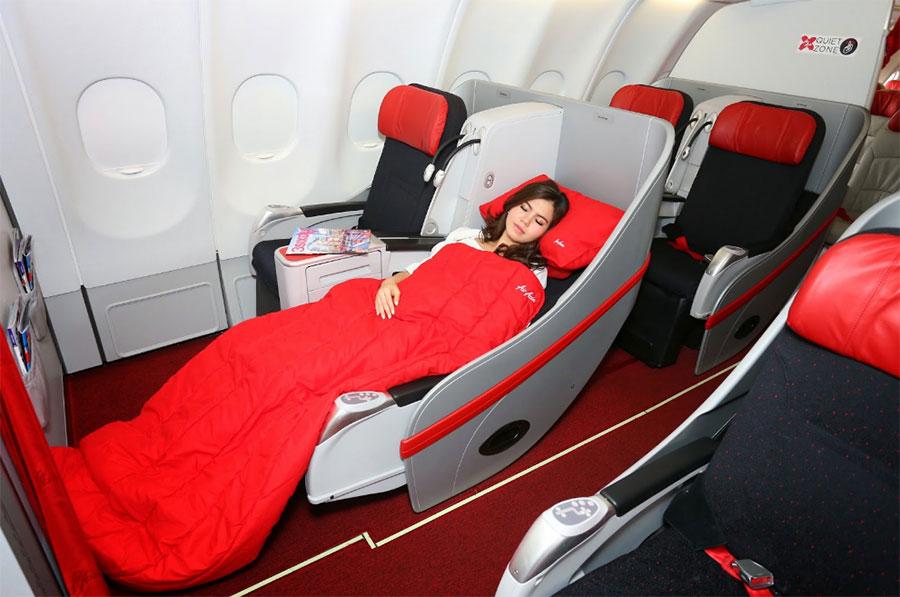 Vé máy bay giá rẻ từ Hà Nội đi Osaka hãng Air Asia