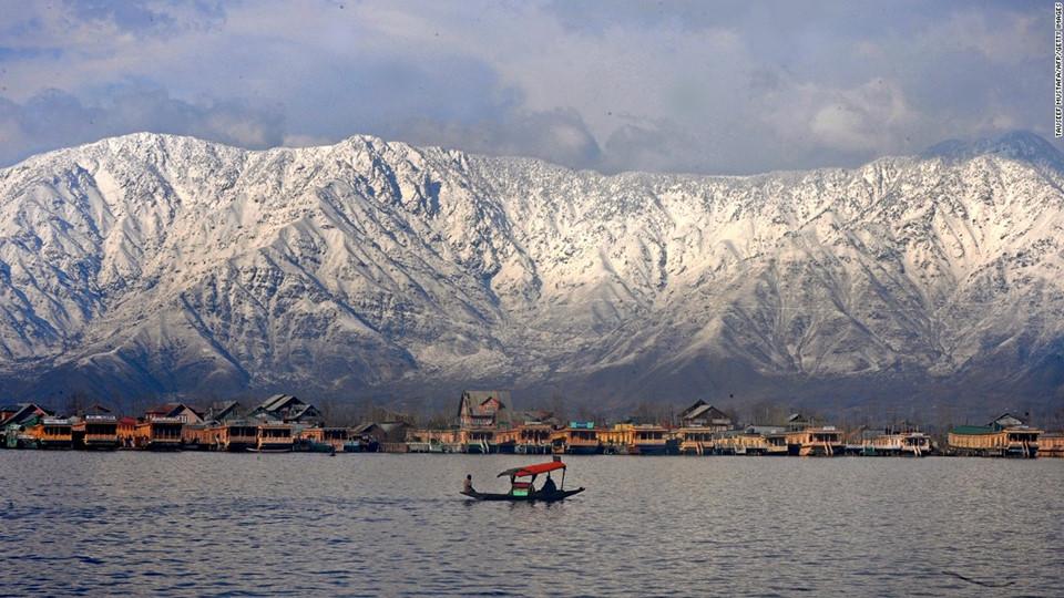 hồ Dal Ấn Độ