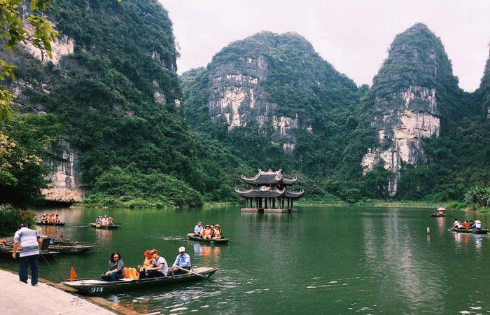 Tour đi Hoa Lư, Tam Cốc, Ninh Bình giá rẻ
