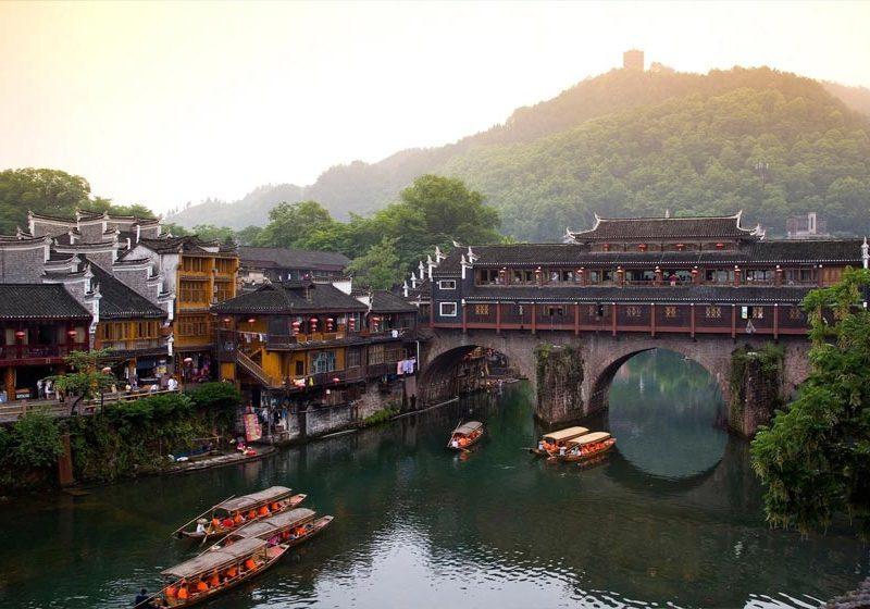 Tour đi Phượng Hoàng Cổ Trấn, Trung Quốc