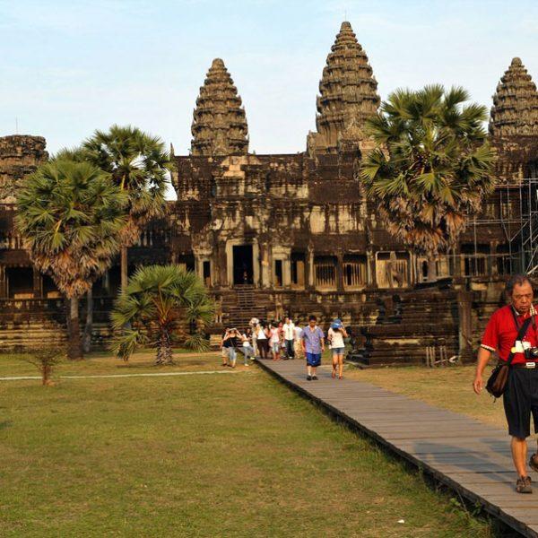 Du lịch Campuchia. Đặt tour đi Campuchia, vé máy bay giá rẻ